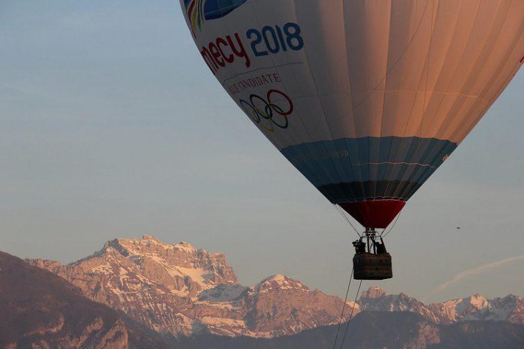 annecy montgolfière