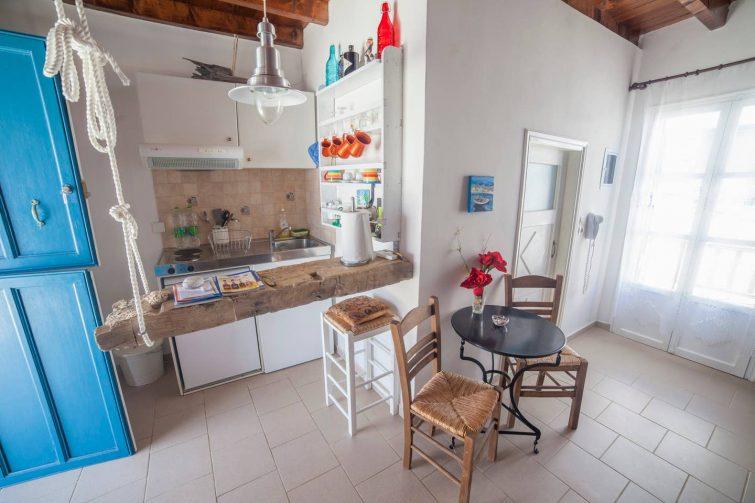 Appartement typique avec terrasse proche de Katapola, Amorgos