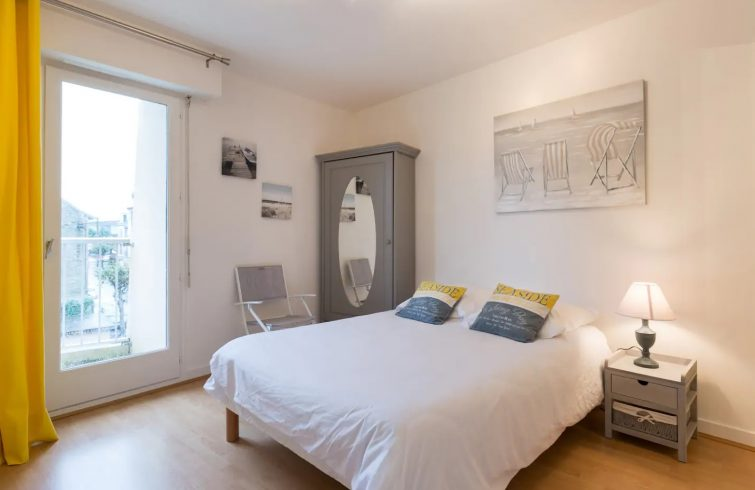 Appartement dans le centre historique, Airbnb à Dinard