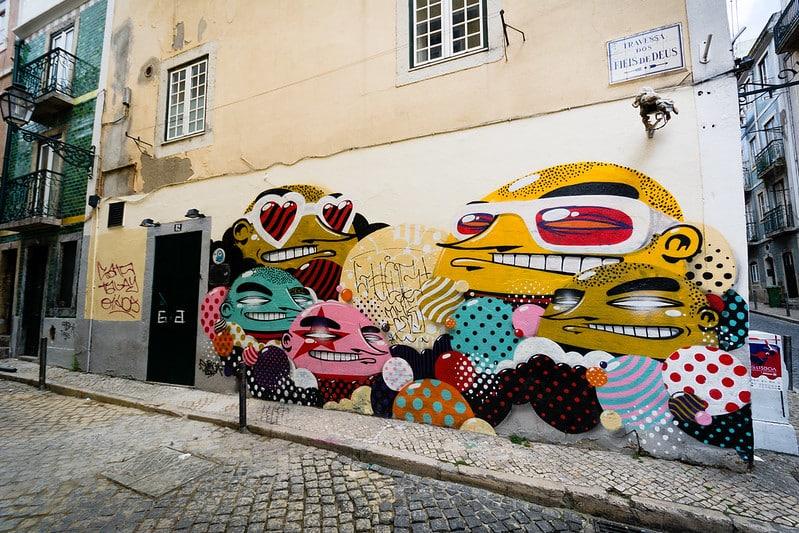 bairro alto street art