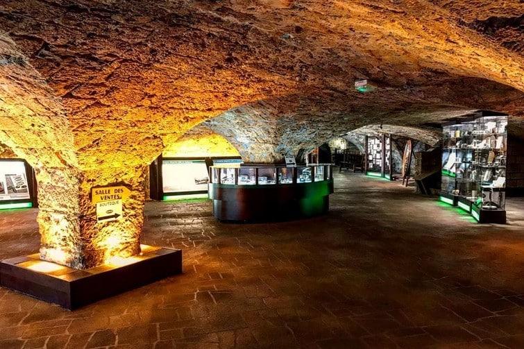 Pièce du parcours des Caves de Roquefort Société