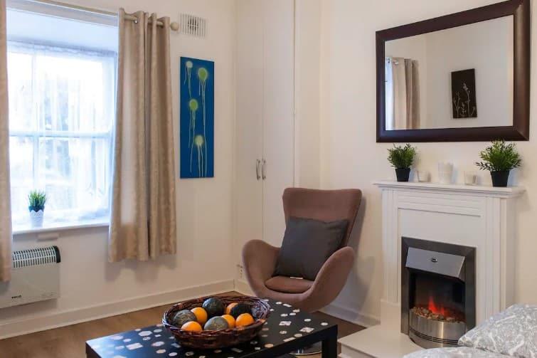 Petit studio chaleureux et confortable à côté de Phoenix Park