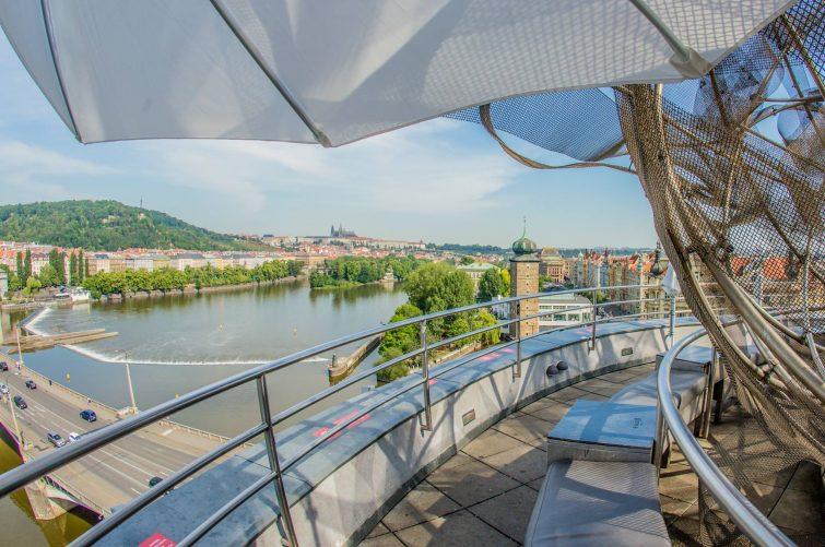 Glas bar, Prague