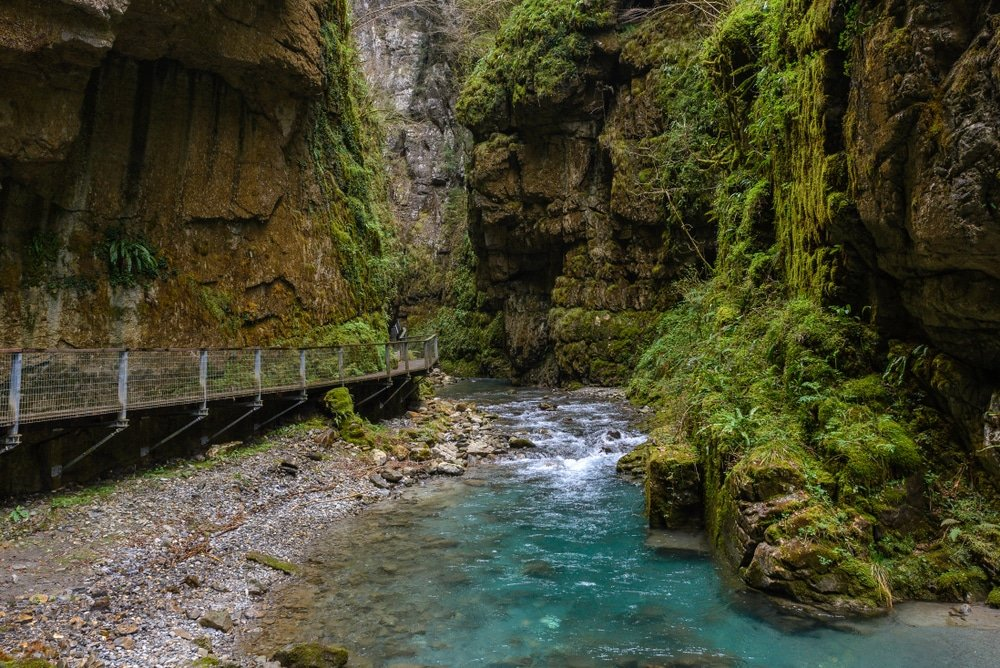 Visiter la Nouvelle-Aquitaine : gorges de Kakuetta