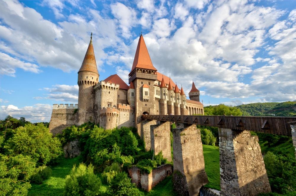 Parmi les plus beaux châteaux de Transylvanie : Hunedoara