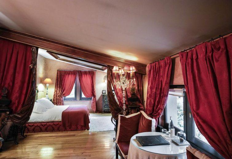 Hôtels romantiques à Lyon : La Cour des Loges
