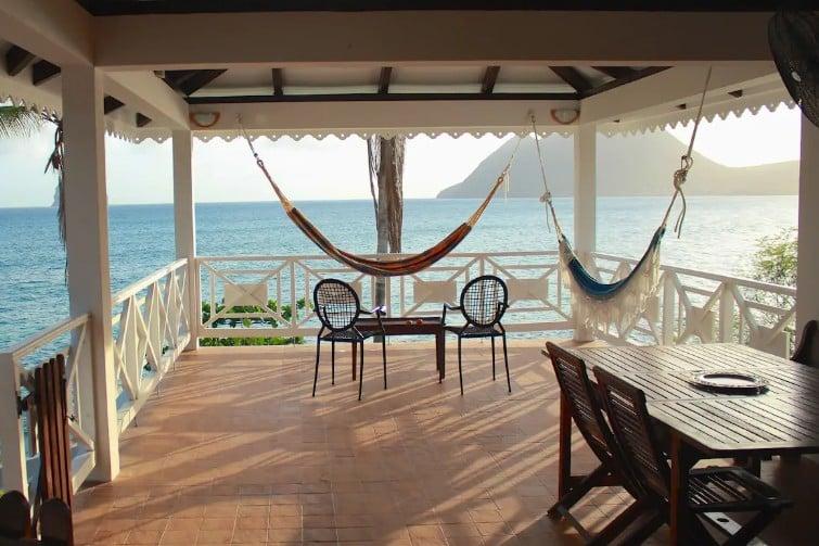 Maison de la Caraïbe sur la mer