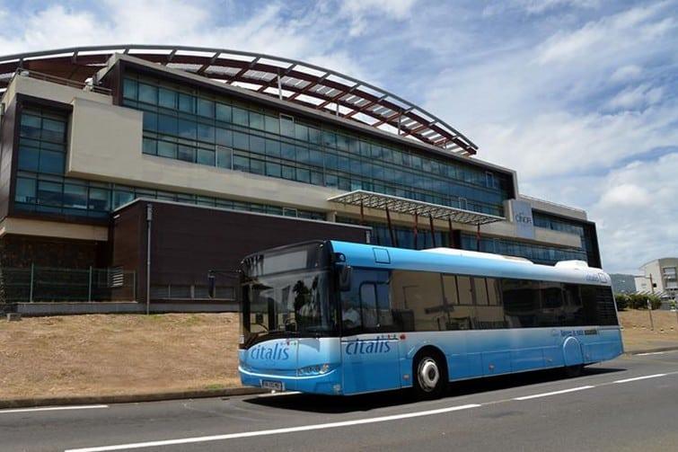 Effectuer le transfert entre l'aéroport de la Réunion et le reste de l'île, en navette