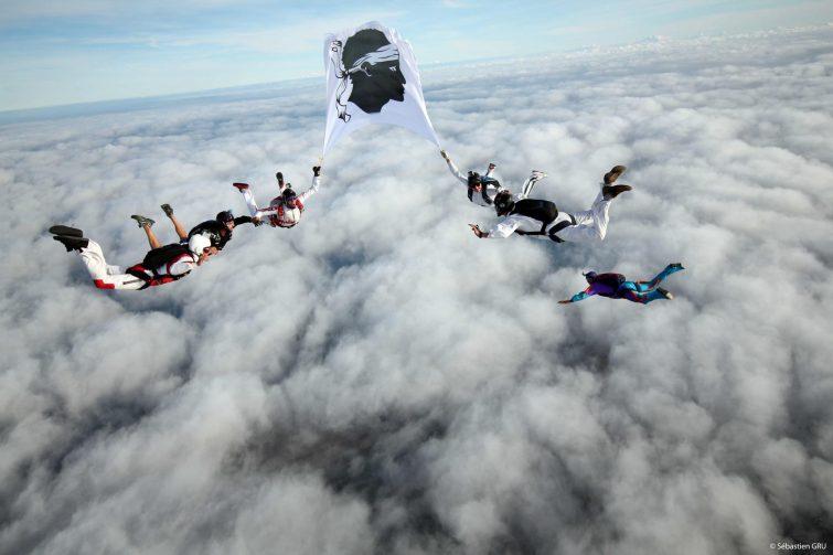 Saut en parachute à Aleria, Ghisonaccia, Corse