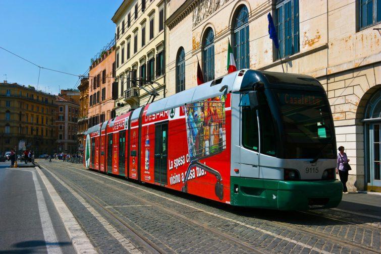 Le tramway, l'un des meilleurs transports à Rome