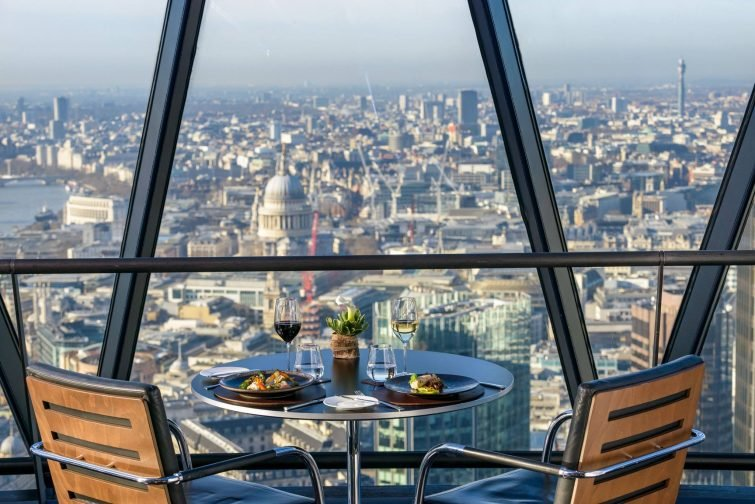 Iris Bar by Searcys at The Gherkin