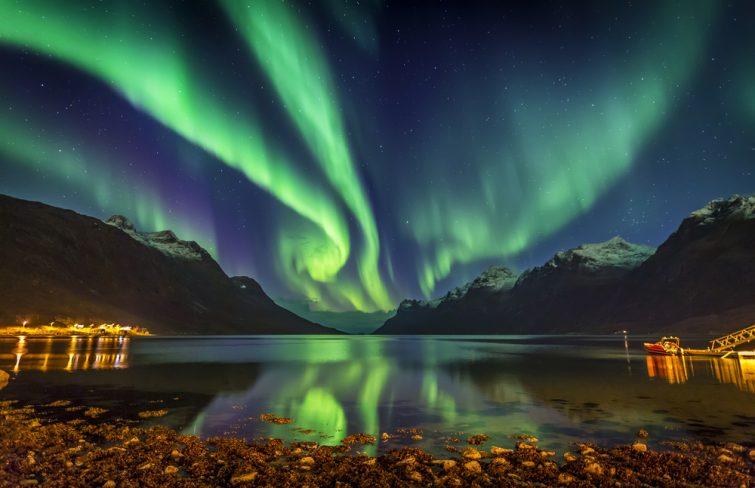 Observer les aurores boréales près de Tromsø, à Ersfjordbotn