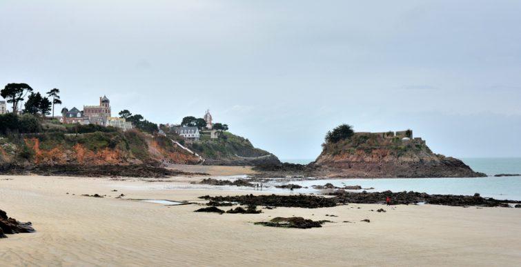 La plage de la Comtesse
