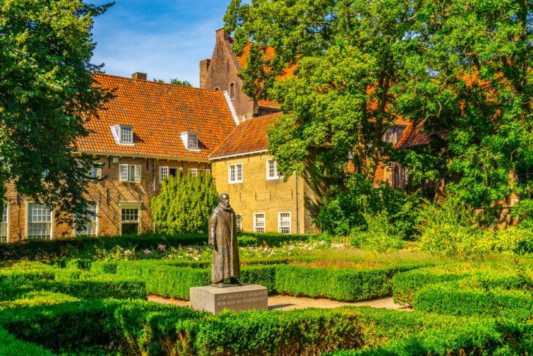 Le jardin du Prinsenhof à Delft, Pays-Bas