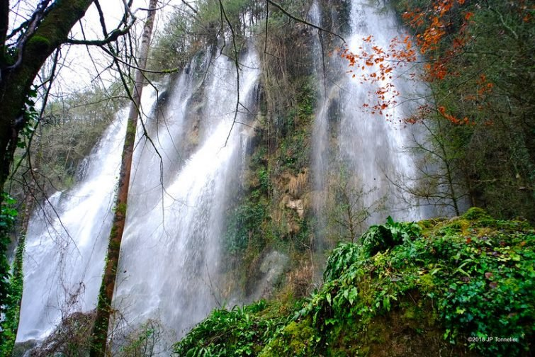 Les cascades de Roquefort-les-Cascades