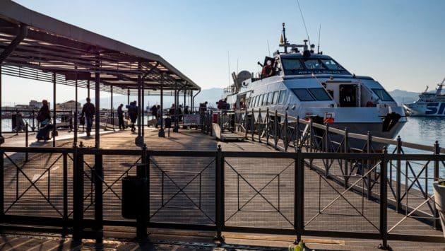 Comment aller dans les îles Eoliennes depuis la Sicile en ferry ?