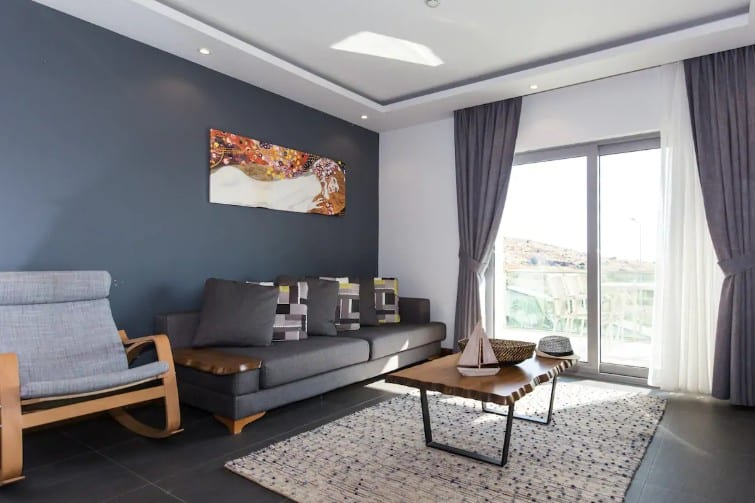 Appartement avec vue sur les hauteurs