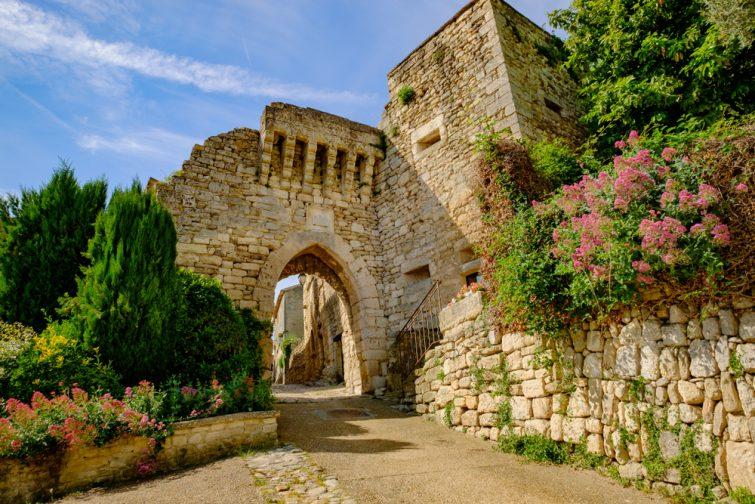Le village et le château de Lacoste, Luberon
