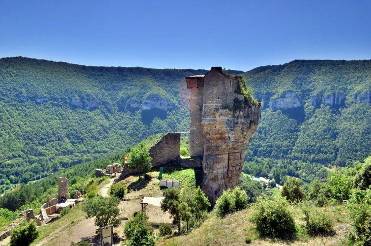 Château de Peyrelade, Route des Seigneurs