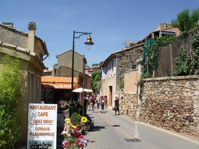 Restaurant chez Nino, Roussillon