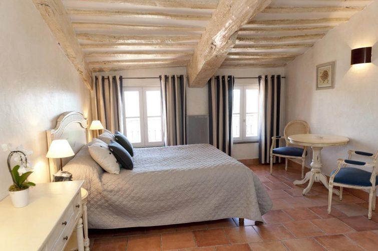 Hôtel le Clos de la Glycine, Roussillon