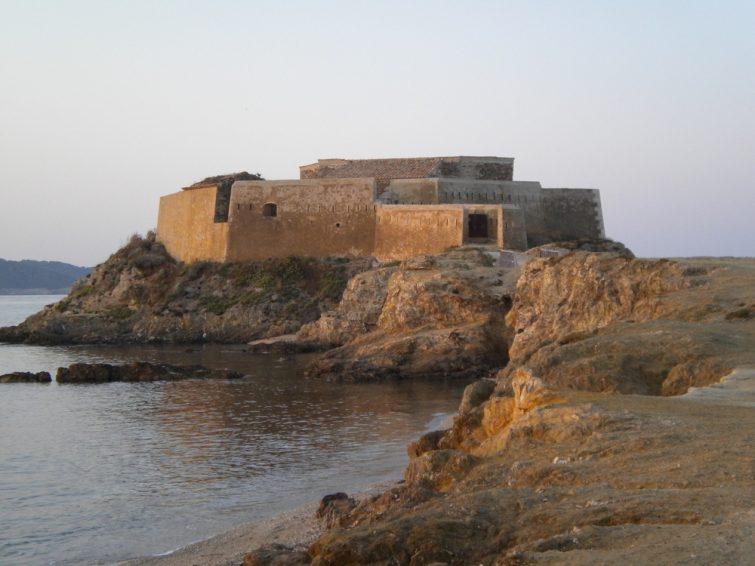 Visiter Porquerolles : Fort de l'Alycastre