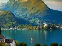 Location de bateau à Annecy : comment faire et où ?