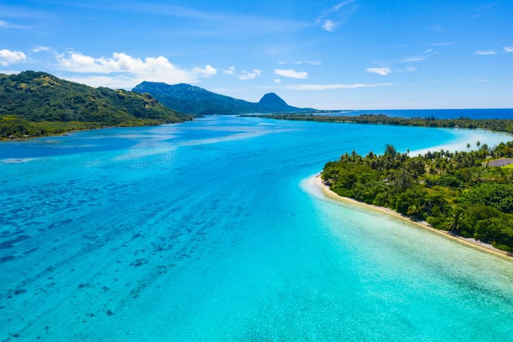 Parmi les îles françaises des DOM-TOM : Huahine