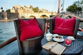 Découvrez les meilleurs Airbnb péniche à Paris