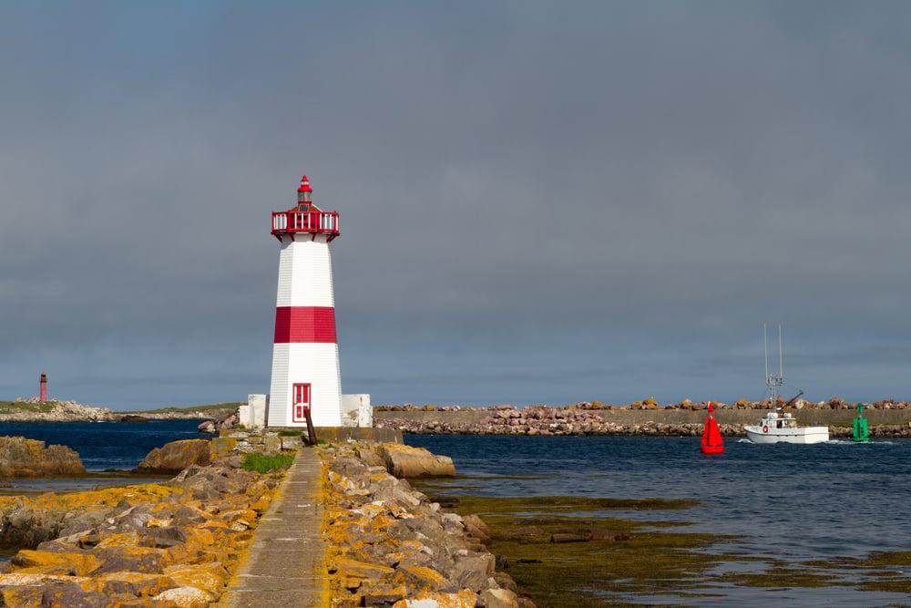Visiter Saint-Pierre-et-Miquelon : Le Phare de la Pointe aux Canons