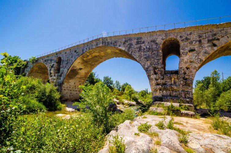 Pont Julien, pont romain, Provence