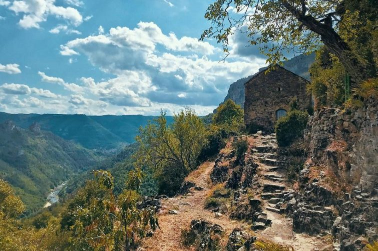 Roc Des Agudes randonnée dans la Vallée du Tarn