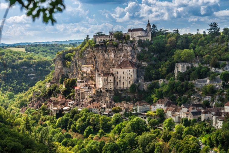 Réserver ses vacances en France : Le village de Rocamadour en Occitanie
