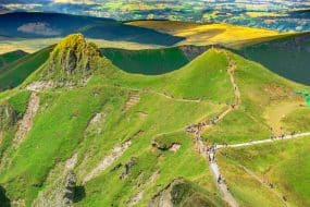 La route des Puys d'Auvergne