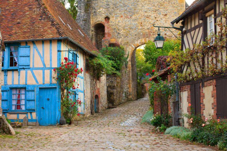 Visiter les Hauts-de-France : Village de Gerberoy