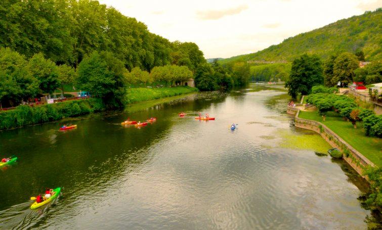Visiter les Gorges de l'Aveyron : kayak à Saint-Antonin-Noble-Val