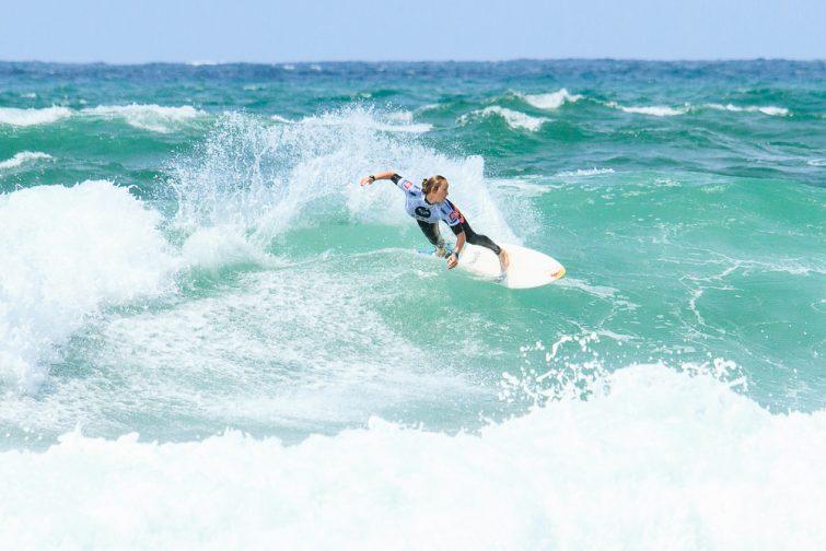 Activités outdoor à faire au Pays Basque : Surf à Biarritz
