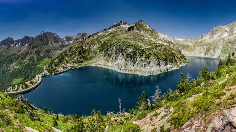 Massif du Néouvielle et Lac