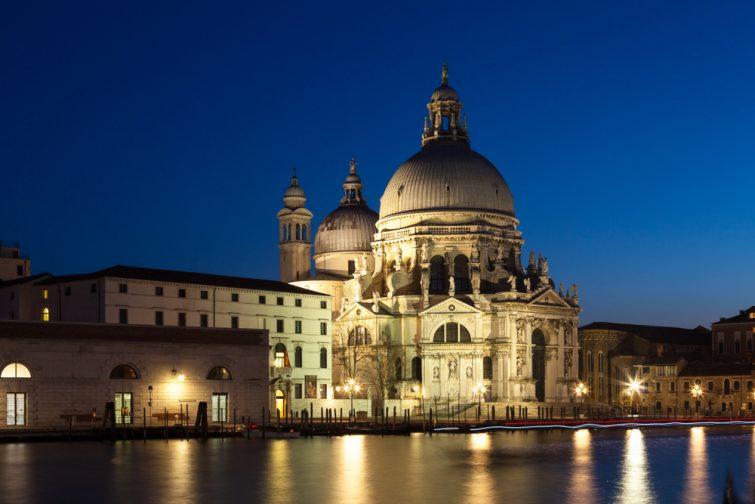 Parmi les itinéraires à Venise : le quartier de Dorsoduro