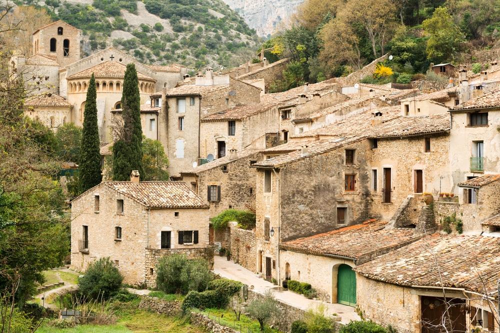 Saint-Guilhem-le-Désert, l'un des plus beaux villages médiévaux de France
