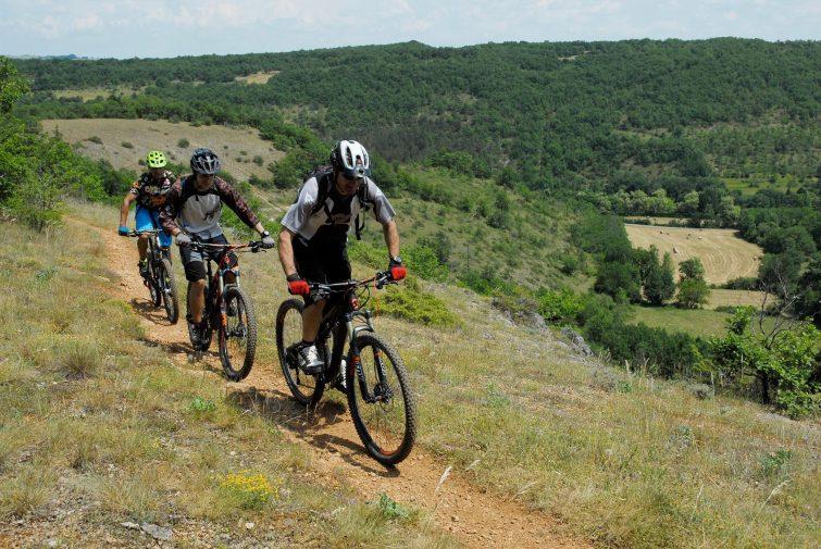 Balade en VTT dans les Gorges de l'Aveyron
