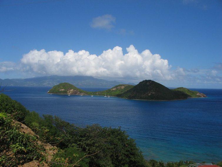 Visiter l'Île des Saintes : l'îlet Cabrit en Guadeloupe