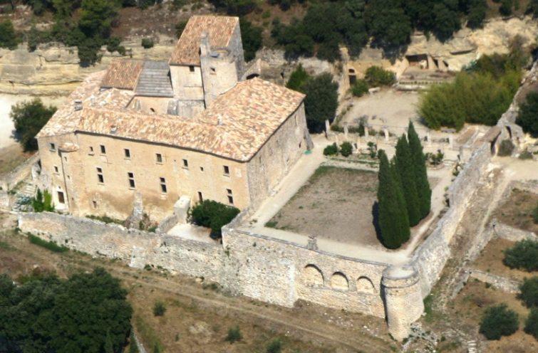 Abbaye de Saint-Hilaire<