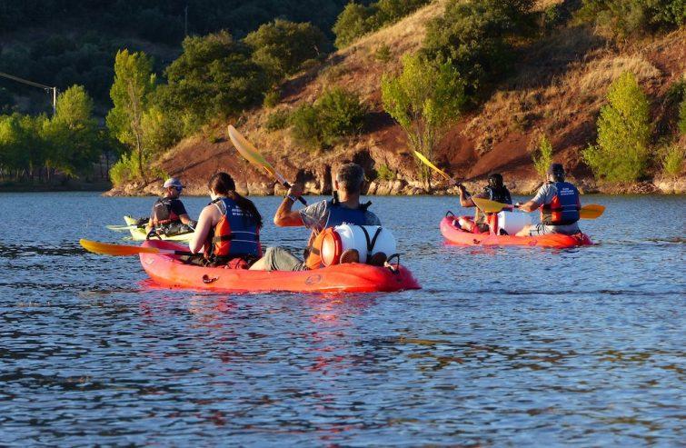 Visiter l'étang de Thau : Canoë à l'étang de Thau