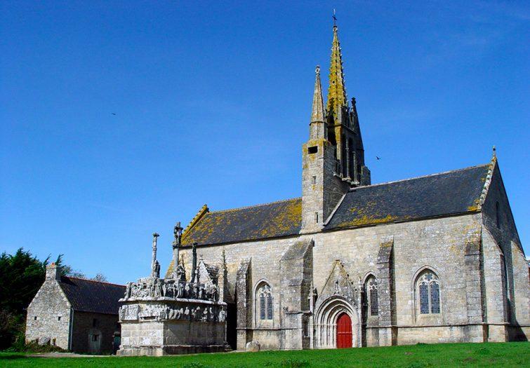 Visiter au Finistère : Chapelle Notre-Dame de Tronoen