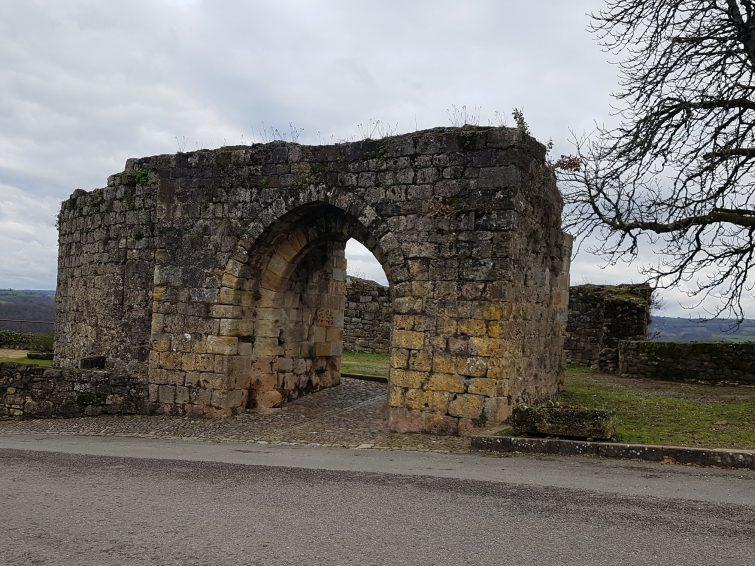 Visiter Capdenac-le-Haut La Porte de GergovieLa Porte de Gergovie