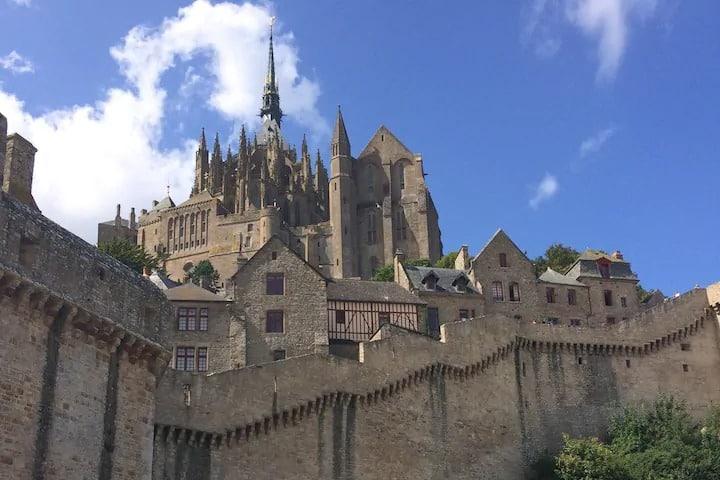 La Tête Noire Mont Saint Michel intramuros