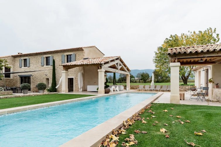 Luxury Provencal Farmhouse Estate, outdoor Pool