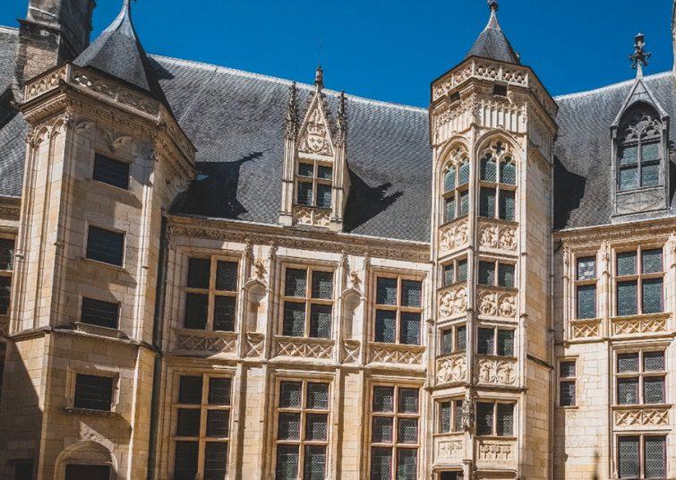 Visiter à Bourges : Palais Jacques Cœur