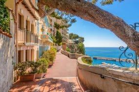 Rue du Village de Monaco à Monaco Monte Carlo, France.